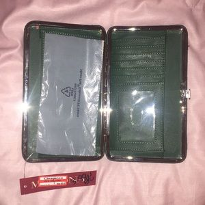 Target Accessories - 🌵 NWT forest green wallet 🌵